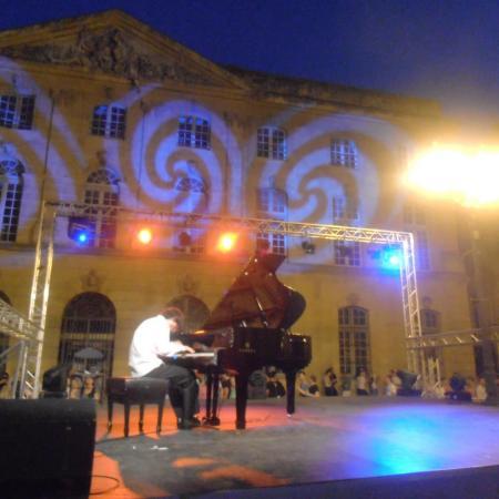 Aix-en-Provence, Place de l'Hôtel de Ville / 21 juin 2012